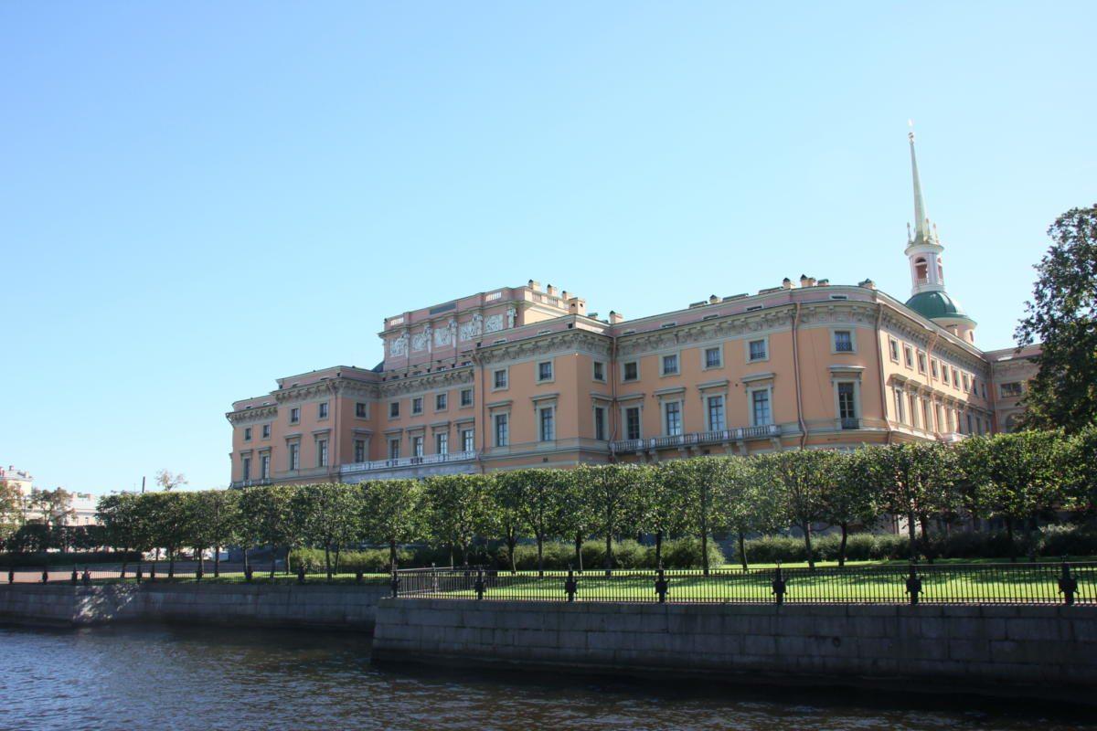 Михайловский замок открытка