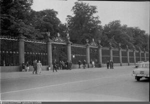 Невская ограда Летнего сада. Фото 1962-1963 гг