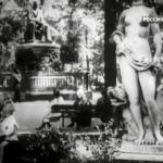 1. Кадр из фильма Катька Бумажный ранет 1926 г. В Летнем саду